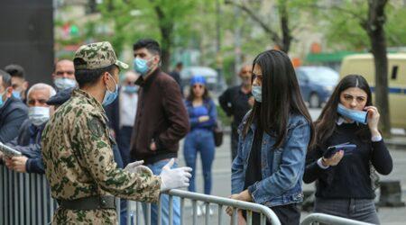 Yaqut Qarayeva:maskanı burundan aşağı saxlamağın heç bir xeyri yoxdur