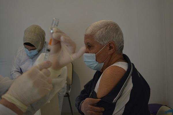 Bölgələrdə vaksinasiya prosesi uğurla icra olunur