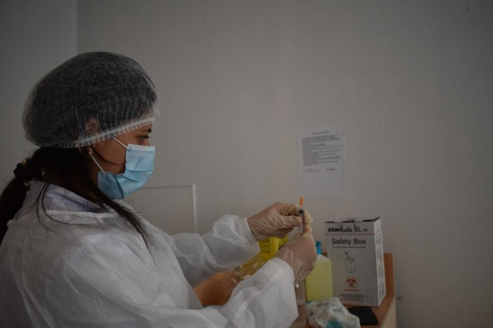 Astarada COVID-19 infeksiyasına qarşı vaksinasiyaya başlanılıb