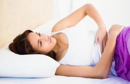 Qadınları ən çox narahat edən problemlərdən biri - Vaginal kandidoz