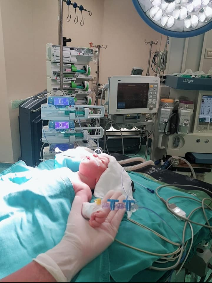 Mərkəzi Klinikanın neonatoloji reanimasiyası daha bir uğura imza atıb - Uşaq cərrahıFuad Hüseynov