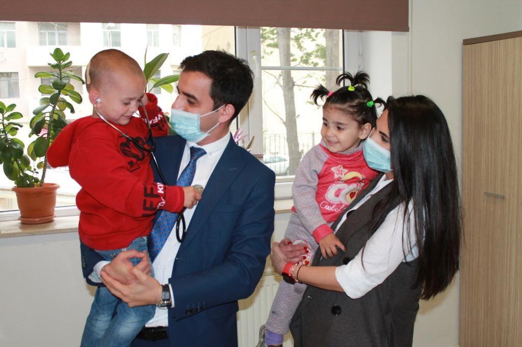 Bakıda kimsəsiz uşaqlar tibbi müayinədən keçirilib (FOTO)