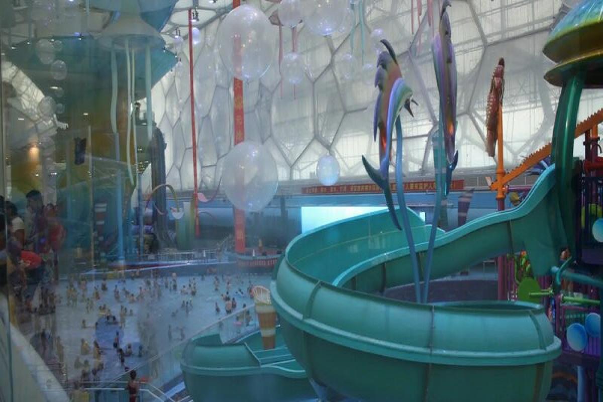 """ABŞ-da """"Aquapark""""da 34 nəfər kimyəvi maddədən zəhərlənib"""