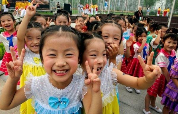 Çində üçüncü uşağın doğulmasına görə cərimələr ləğv edilib