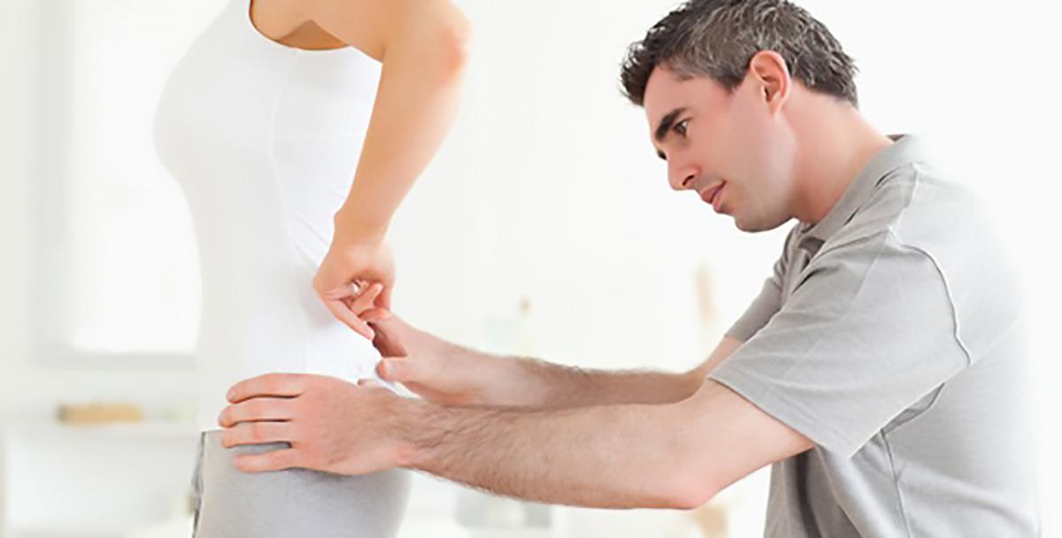 Manual terapiyadayaq-hərəkət aparatının hərəkətliliyinin bərpasında mühüm rol oynayır