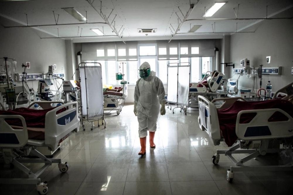 ÜST: Dünyada koronavirusla əlaqədar ölüm halları azalıb