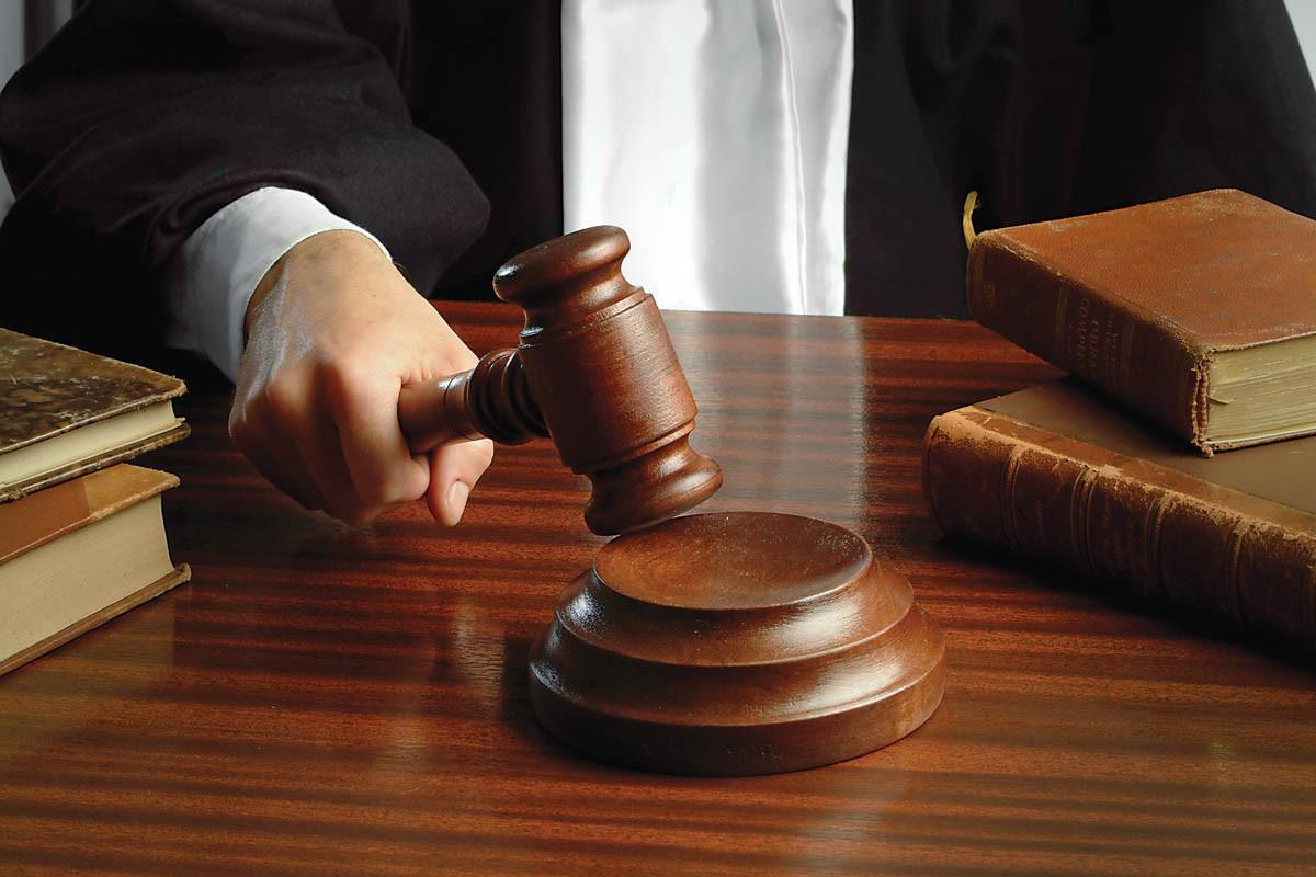 Prokurorluq baş həkimin cinayət işi ilə bağlı məlumat yayıb
