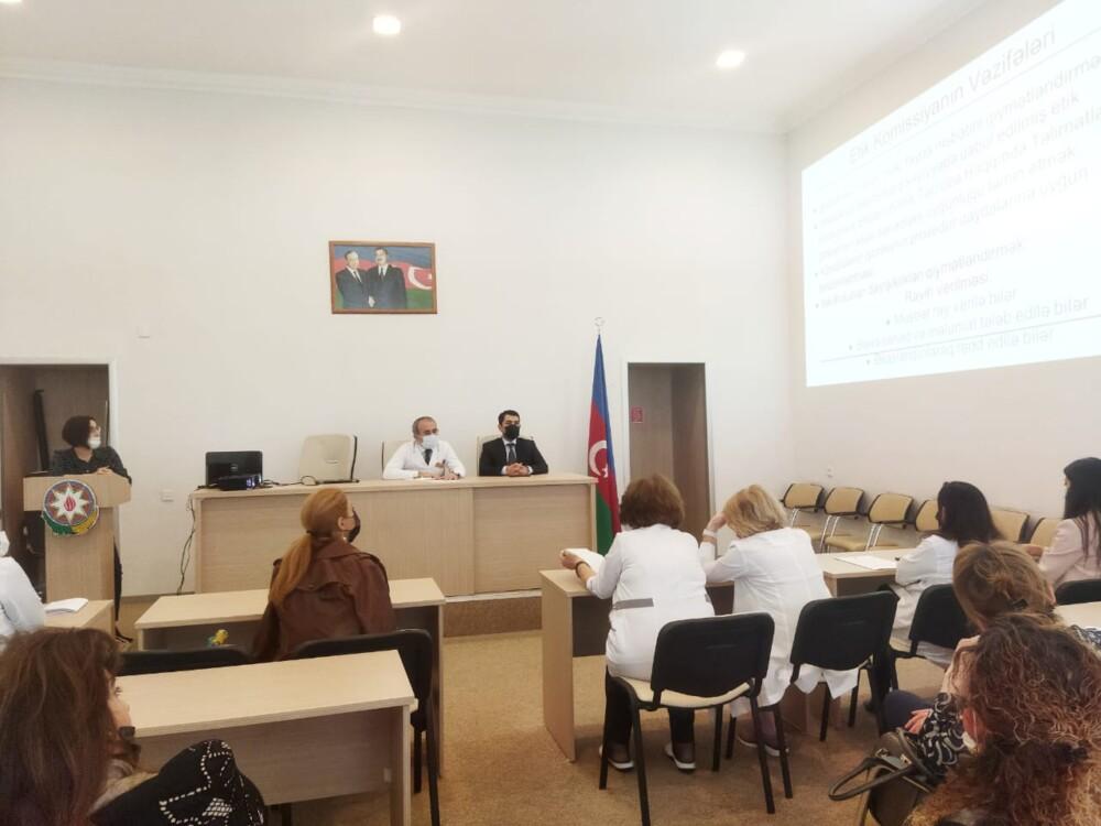 TƏBİB-in təşkilatçılığı iləEtik komissiyanın ilk iclası keçirilib