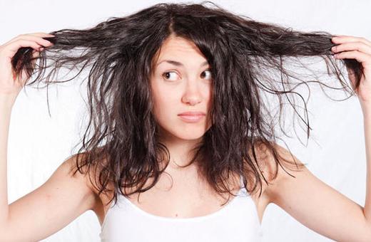 Saçların tez-tez yağlanmasının SƏBƏBLƏRİ
